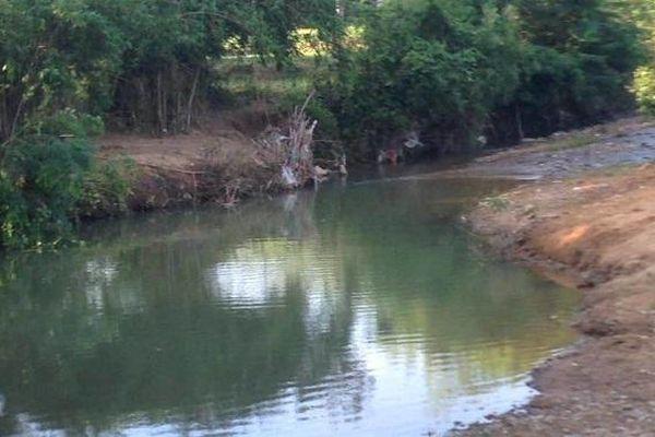 Quảng Trị: Hai anh em ruột đuối nước thương tâm khi đi tắm suối