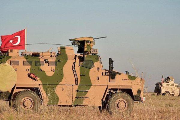 Mỹ -Thổ Nhĩ Kỳ tuần tra chung Manbij, Syria phản đối