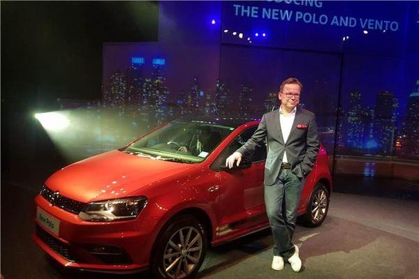 Ra mắt ô tô mới đẹp 'long lanh' giá từ 188 triệu đồng