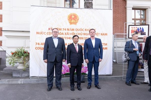 Đại sứ quán Việt Nam tại Nga tổ chức Lễ kỷ niệm 74 năm Quốc khánh