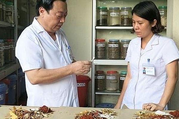 Khoảng 30% người bệnh được khám và điều trị bằng y học cổ truyền mỗi năm