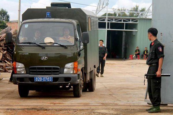 Bộ Công an đột kích 'xưởng' sản xuất ma túy cực lớn ở Kon Tum, thu 13 tấn tiền chất