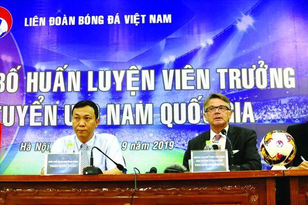 Không cần trả lương, VFF vẫn có HLV World Cup cho U19 Việt Nam