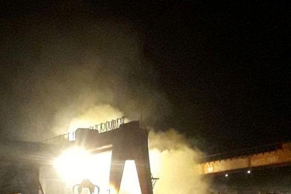 Cháy dữ dội trong khu công nghiệp Đất Cuốc