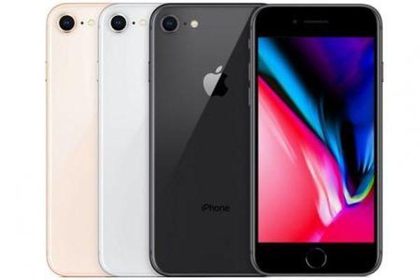 Vẫn có sẵn các phiên bản điện thoại iPhone XR và 8 giá tốt cho người dùng