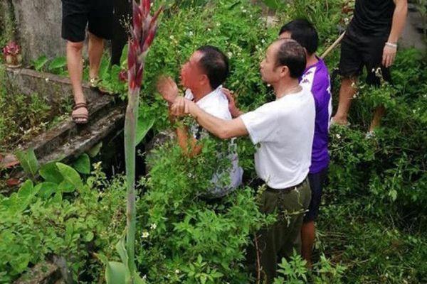 Đối tượng nghi bắt cóc trẻ em tại Phú Xuyên có tiền án về tội Hiếp dâm