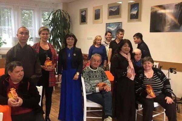 Cộng đồng người Việt tại Séc giúp đỡ người khuyết tật bản địa tại Praha