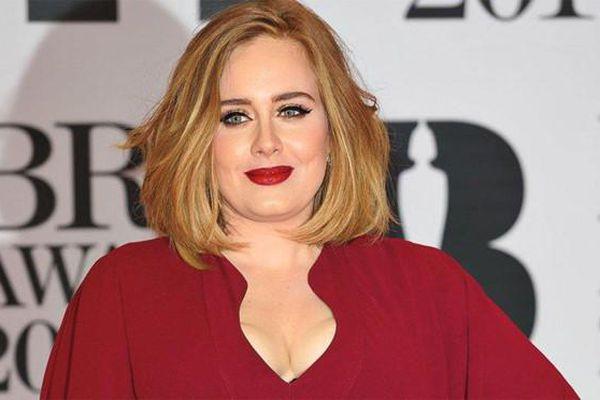 Ca sĩ Adele chính thức nộp đơn ly hôn chồng doanh nhân