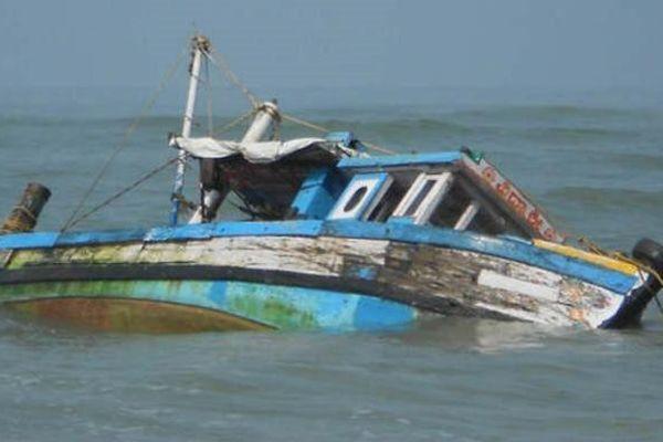 Lật thuyền trong lễ hội tôn giáo Ấn Độ, ít nhất 12 người chết