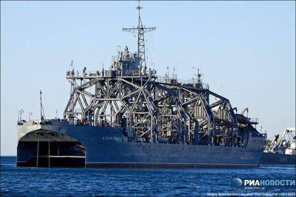 Chiêm ngưỡng chiến hạm hơn 100 tuổi vẫn phục vụ trong Hải quân Nga
