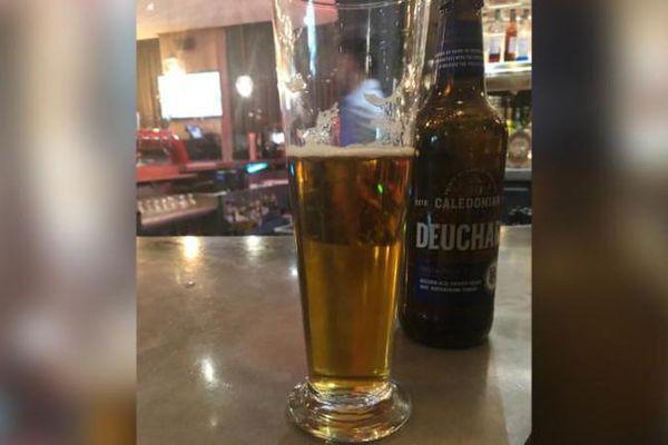 Chỉ gọi cốc bia, người đàn ông tá hỏa nhận hóa đơn hơn 1,5 tỷ