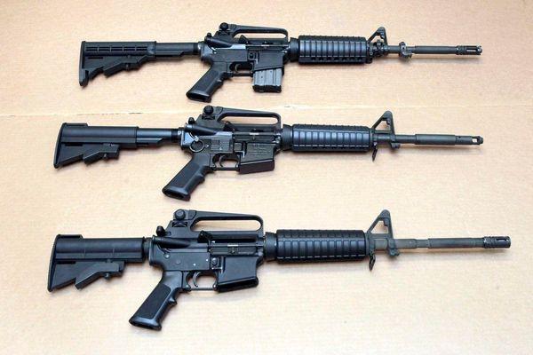 Người Mỹ có quá nhiều súng AR-15 nên hãng Colt ngừng sản xuất