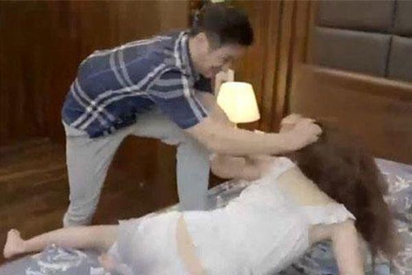 'Hoa hồng trên ngực trái': Khán giả hả hê cảnh Trà tiểu tam bị đánh