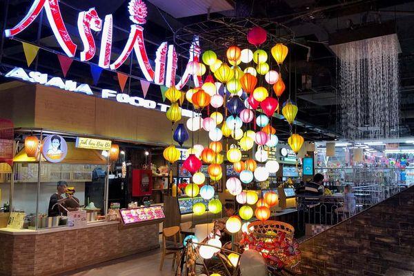 Chợ trong lòng đất ở Sài Gòn có tên mới, bổ sung hàng trăm món ăn đặc sắc