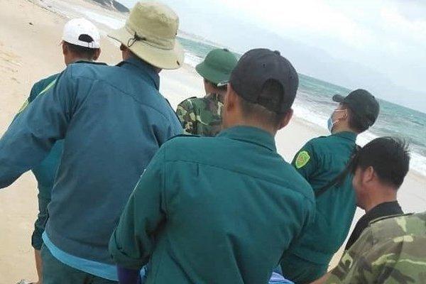 Tìm thấy thi thể nam cử nhân bị đuối nước khi đi tắm biển ở Khánh Hòa