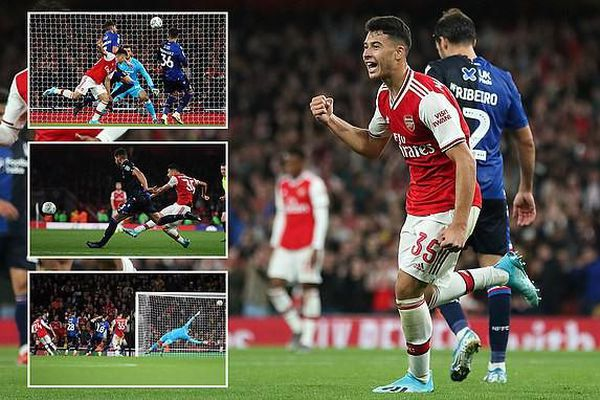 Arsenal, Man. City thắng dễ, Tottenham bị loại khỏi League Cup