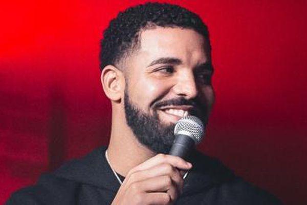 Ca sĩ đạt kỷ lục trong bảng xếp hạng Billboard