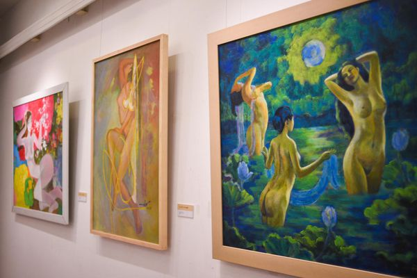 Triển lãm tranh khỏa thân tôn vinh vẻ đẹp phụ nữ