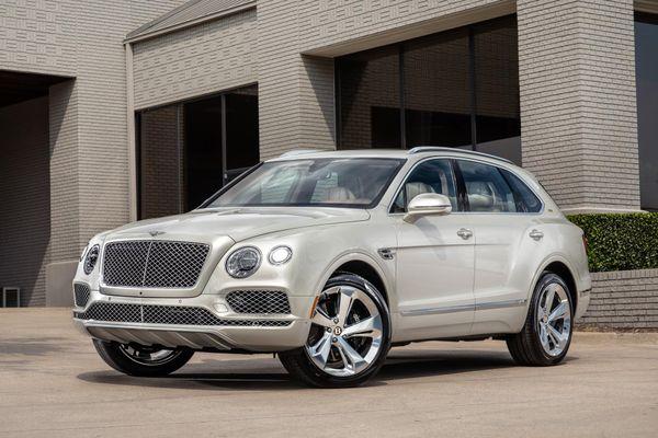 Bentley Bentayga ra mắt phiên bản dành riêng cho cao bồi miền Tây