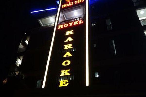 Quảng Bình: Đánh sập 2 tụ điểm mại dâm 'núp bóng' karaoke, nhà nghỉ