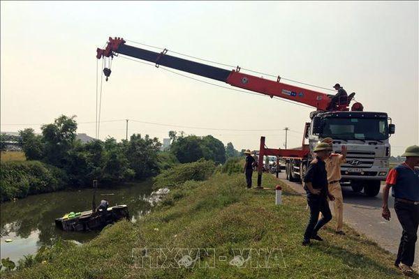 Tai nạn giao thông nghiêm trọng, 5 người thương vong