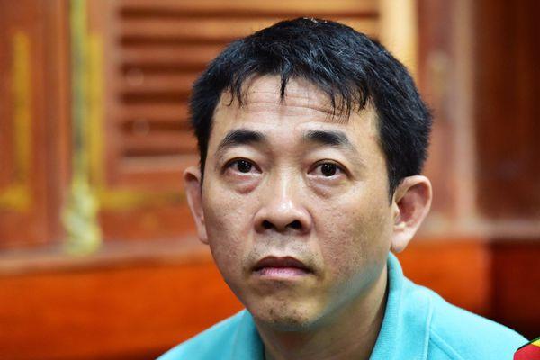 Cựu Tổng giám đốc VN Pharma lĩnh 17 năm tù vì buôn thuốc giả