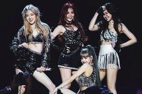 Thành viên hội đồng Grammy khen ngợi BlackPink: 'Như thể tôi đang được chứng kiến Spice Girls biểu diễn vậy'