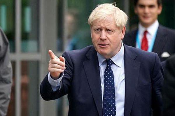 Thủ tướng Anh Boris Johnson: Cuộc chiến chống lại đảng Bảo thủ