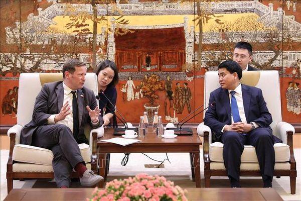 Hà Nội tăng cường hợp tác trong lĩnh vực giáo dục với Vương quốc Anh