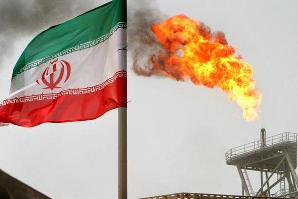 Trung Quốc rút khỏi hợp đồng dầu khí 5 tỷ USD với Iran