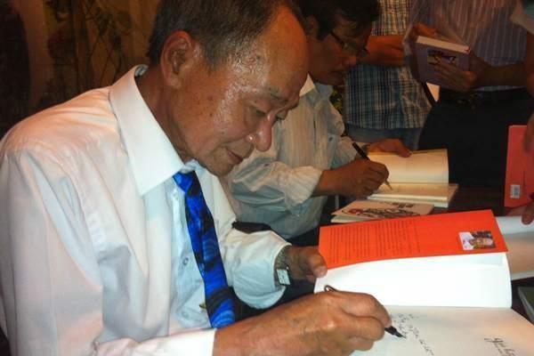 Vĩnh biệt thi sỹ tài hoa Du Tử Lê - tác giả của 'Khúc thụy du'