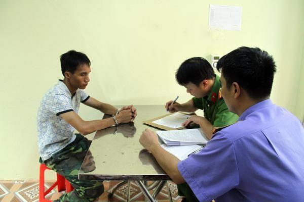 Lào Cai: Một phụ nữ bị cháu ruột hành hung rồi cướp trang sức