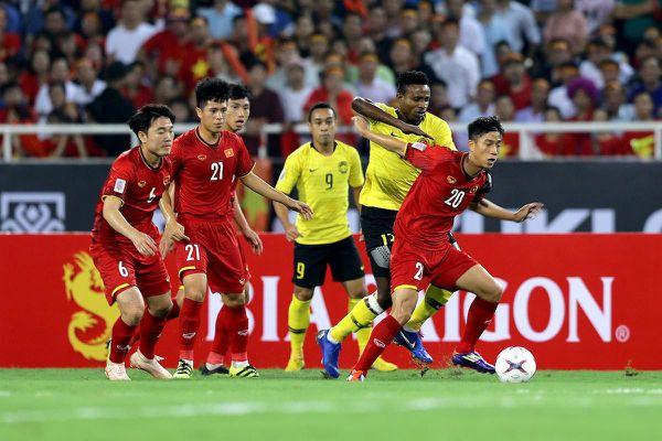 Xuân Mạnh, Văn Kiên bị loại khỏi danh sách trước trận gặp Malaysia