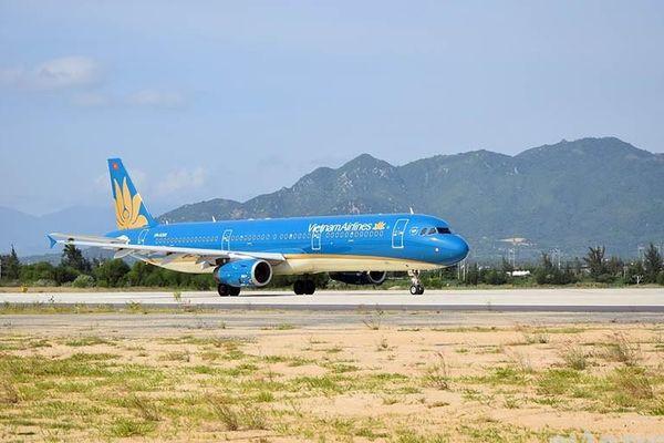 Đường băng mới sân bay Cam Ranh chính thức hoạt động