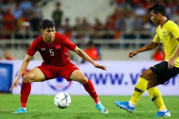 Văn Hậu khóa sao nhập tịch Malaysia, mở đường cho Quang Hải ghi bàn