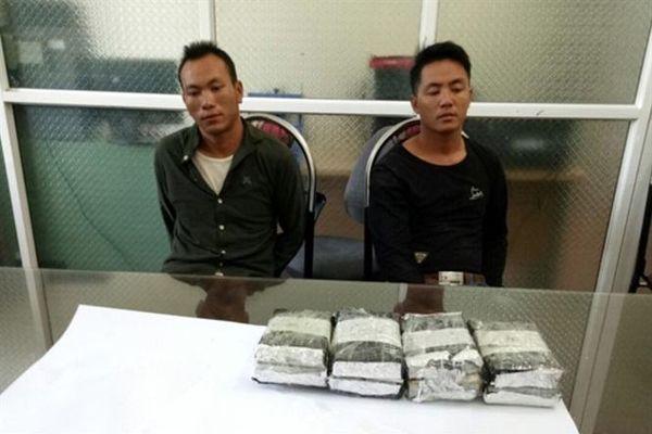 Công an tỉnh Lào Cai bắt 2 đối tượng, thu 8 bánh heroin