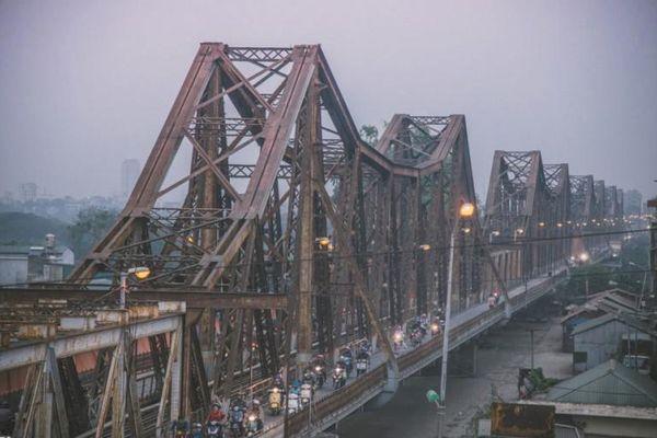 Cầu Long Biên chứng tích lịch sử