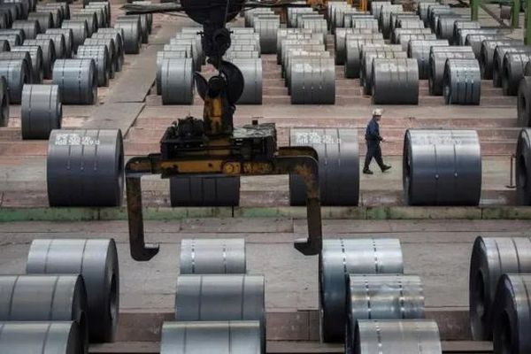 Sau Mỹ, tới lượt EU giáng đòn thuế quan lên thép Trung Quốc