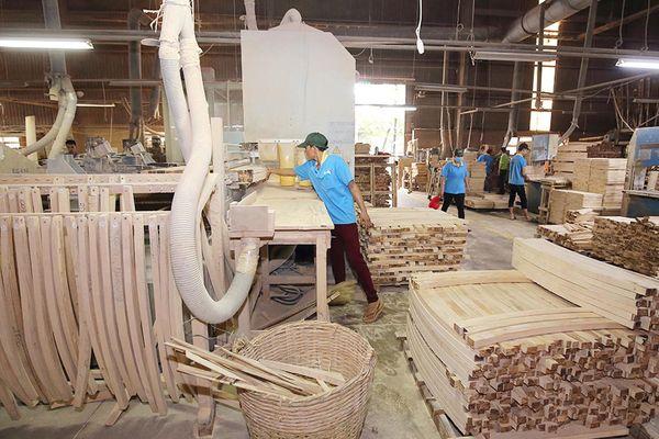 Ngành chế biến gỗ và bài toán đổi mới công nghệ