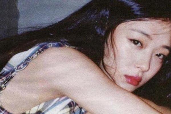 Sao Hàn Sulli tự tử vì bạo lực mạng?