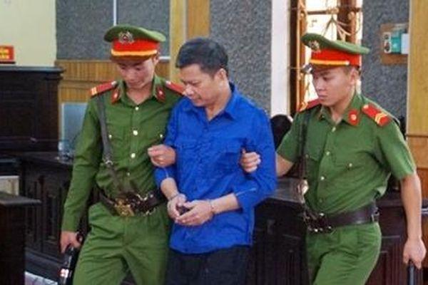Cựu Giám đốc Sở GD&ĐT lại vắng mặt tại phiên tòa gian lận điểm thi Sơn La