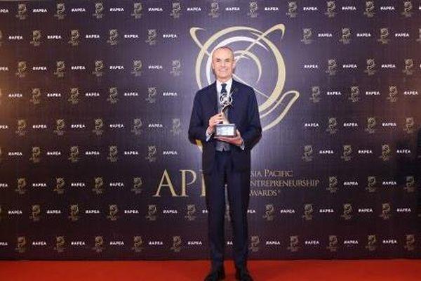 Tổng Giám đốc Piaggio Việt Nam nhận 2 giải thưởng doanh nhân 2019