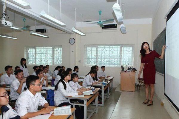 Quảng Trị cử 154 giáo viên cốt cán đi bồi dưỡng chương trình mới