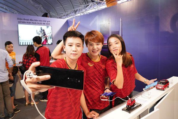 Các nữ tuyển thủ Việt Nam có trải nghiệm thú vị trong ngày đặc biệt