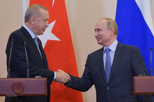 Thổ Nhĩ Kỳ hoan nghênh thỏa thuận 'lịch sử' với Nga về Syria