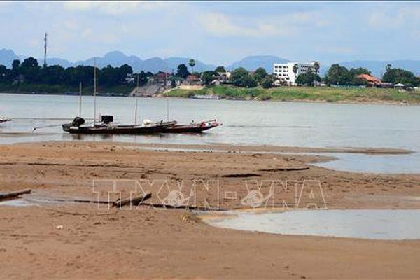 Nước sông Mekong tại Thái Lan cạn đến mức tới hạn