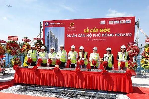 Phú Đông Group cất nóc Dự án Phú Đông Premier