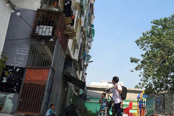 TP.HCM sắp dỡ chung cư nghiêng nửa mét