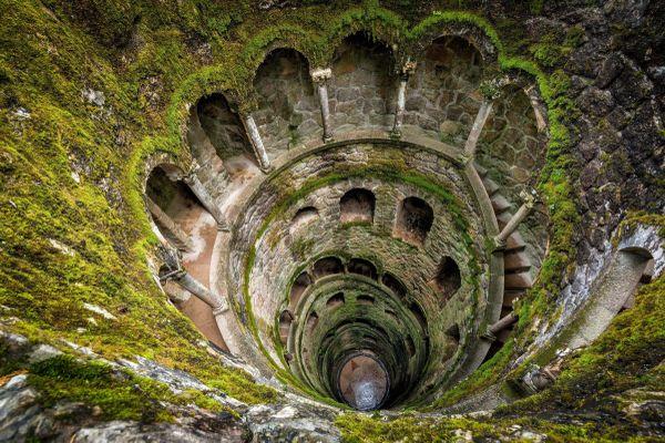 Ngọn tháp đảo ngược dưới lòng đất ở Bồ Đào Nha