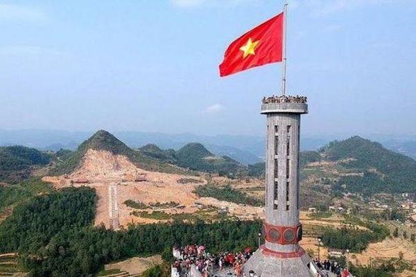 Địa ốc 7AM: Bộ VHTTDL phản hồi về 2 dự án sai phạm ở Hà Giang; Cựu TNXP bị gộp 'đất' để chia năm?